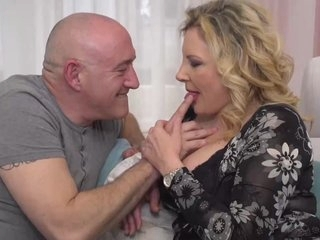 Italian housewife, Valentina is cheating on her retrench with his boss, ever after once in a while
